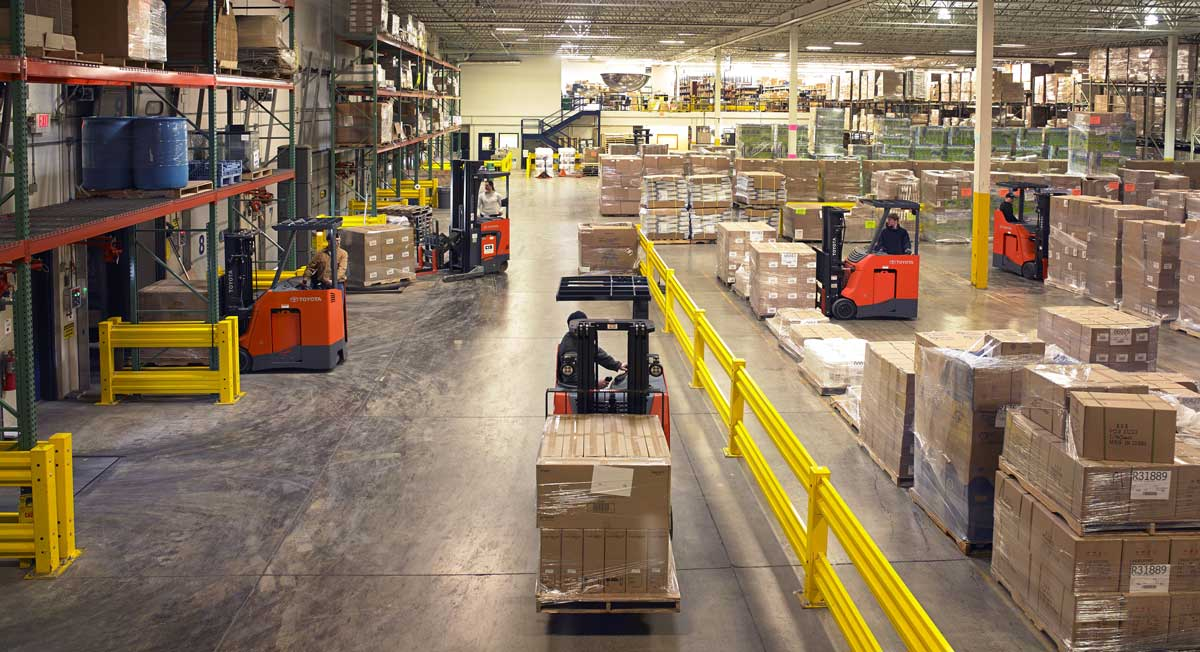 How Do You Know When to Update Your Forklift Fleet?